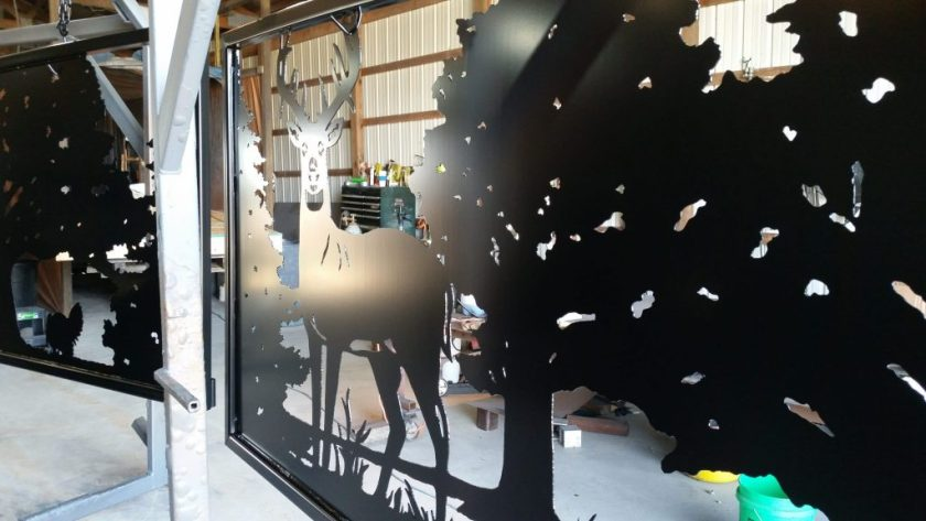Custom Maryland entry gate with deer silhouette design.