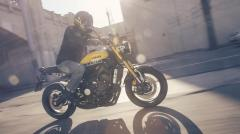 Yamaha XSR900 10