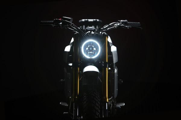 Yamaha XSR700Bunker 03