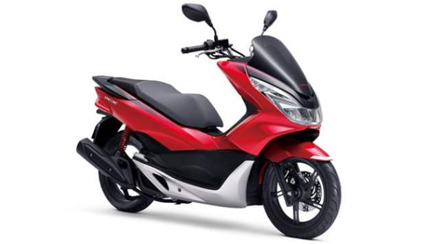 PCX 2017 Newcolor 02