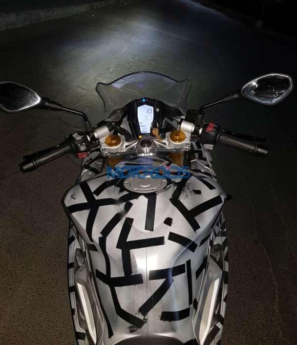 BMWS310RR 02