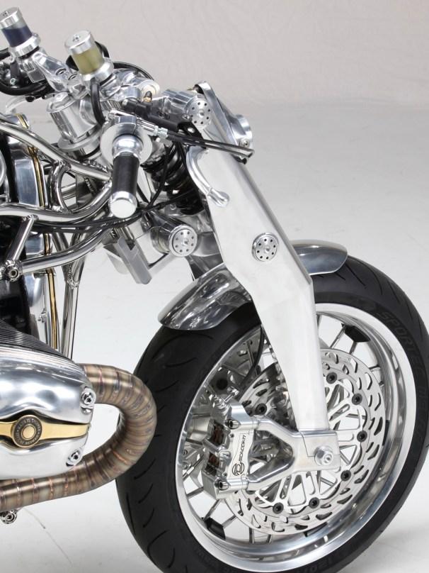 Gut zu sehen: die hervorragenden, aus dem Rennsport stammenden, Discacciati-Bremsen
