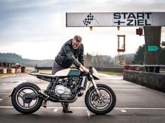 Back o track: Richard Zapke mit seinem Cafe-Racer-Umbau auf Basis der Honda VF 750 Sabre