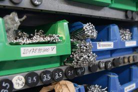 Alle Längen und Kröpfungen in diversen Ausfertigungen und Materialien: das SWC-Speichenlager