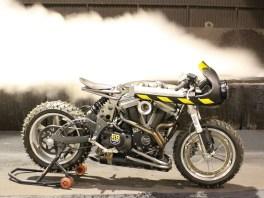Wie könnte ein Motorrad aussehen, das in einer postapokalyptischen Welt bestehen muss?