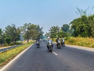 Indien ist ein Land der Kontraste und du brauchst ein Bike, das die wegstecken kann
