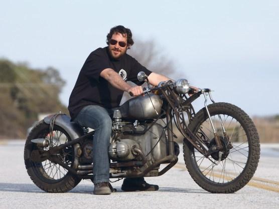 Eric Allard ist hauptberuflich IT-Fachmann. Seine Passion ist aber das Schrauben und Tüfteln an alten Bikes