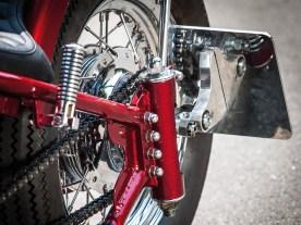 Die Yamaha fährt im Fiedler-Chassis mit Geradewegfederung