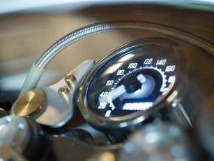 Hübsches Daytona-Zentralinstrument