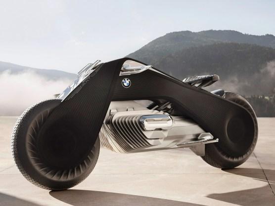 Bestimmte Teile wie Sitz, obere Rahmenabdeckung oder Fender werden aus Carbon gefertigt
