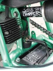 Eine VT 600 unter der Sitzbank zu »cleanen« ist nicht einfach. Im Original sind dort jede Menge Teile verbaut