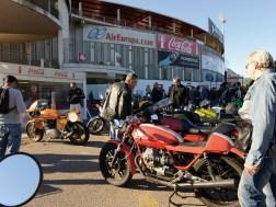 Jeden Sonntagmorgen finden sich Mallorcas Alteisen-Freunde und Customfreaks vor dem Fußballstadion von Palma zusammen
