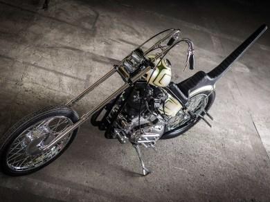 In nur sechs Wochen wurde dieser Ironhead-Chopper im Stil der Seventies gebaut. Die Geschichte dahinter ist aber noch ein Stückchen länger