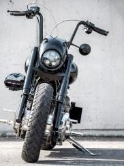Knapp vierzig Teile am Bike wurden schwarz gepulvert, über zehn schwarz lackiert. Unnötig zu erwähnen, dass auch die restlichen Bikes in Joes Fuhrpark allesamt nur eine Farbe haben