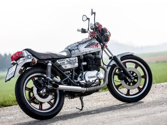 Ein richtig cooles Bike ist Konrads Yamaha zwar nicht geworden, aber angesichts der biederen Basis und des minimalen Budgets ist es dann doch ein prima Daily Driver
