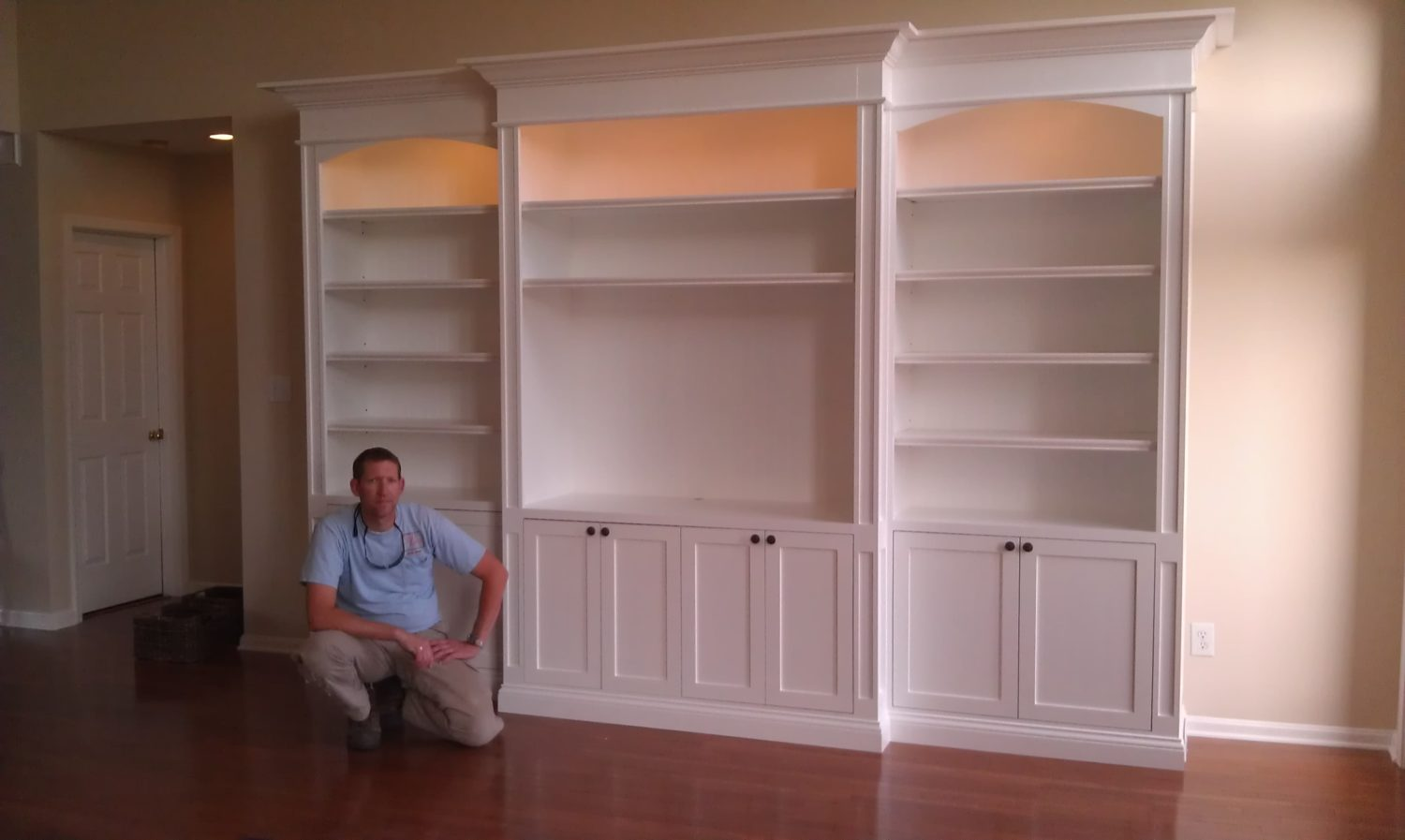 Custom Builtin Cabinets  Serving Louisville, Ky And