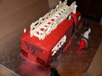 firetruckcakeback-0