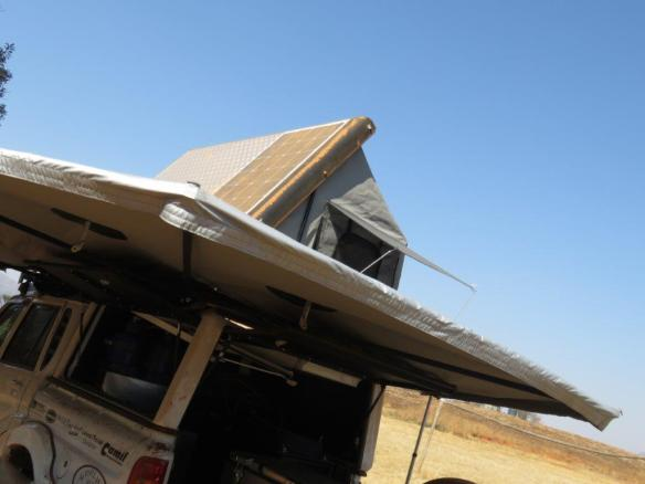 commander moremi awning - camping trailer - custom canopies