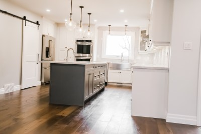 Hollow Timber, Custom Bars, Condo Renos, Feature Walls, Custom Showers, Fire Places, Kitchen Back Splashes, Wine Cellars-23
