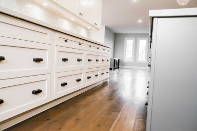 Hollow Timber, Custom Bars, Condo Renos, Feature Walls, Custom Showers, Fire Places, Kitchen Back Splashes, Wine Cellars-7