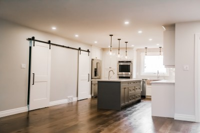 Hollow Timber, Custom Bars, Condo Renos, Feature Walls, Custom Showers, Fire Places, Kitchen Back Splashes, Wine Cellars-85