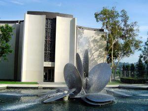 Herrick Memorial Chapel Fountain Custom College Visits