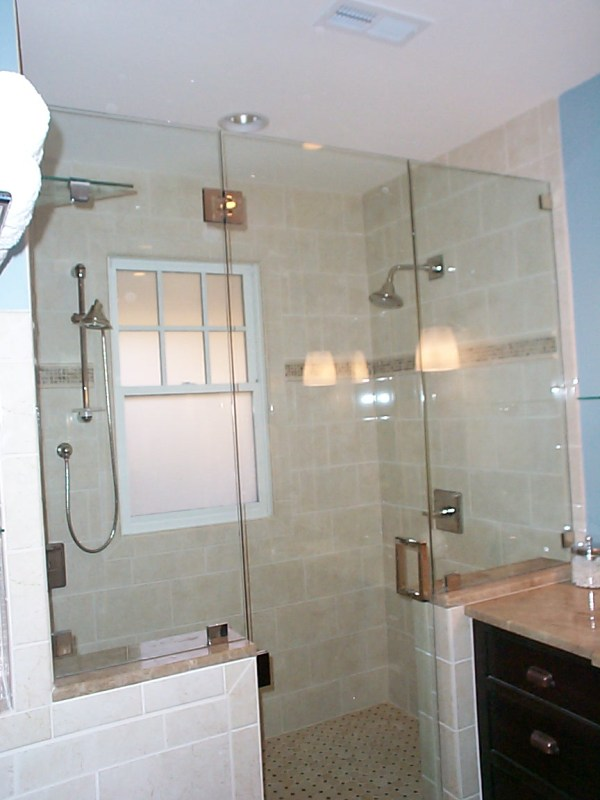 Shower Knee Wall with Glass Doors