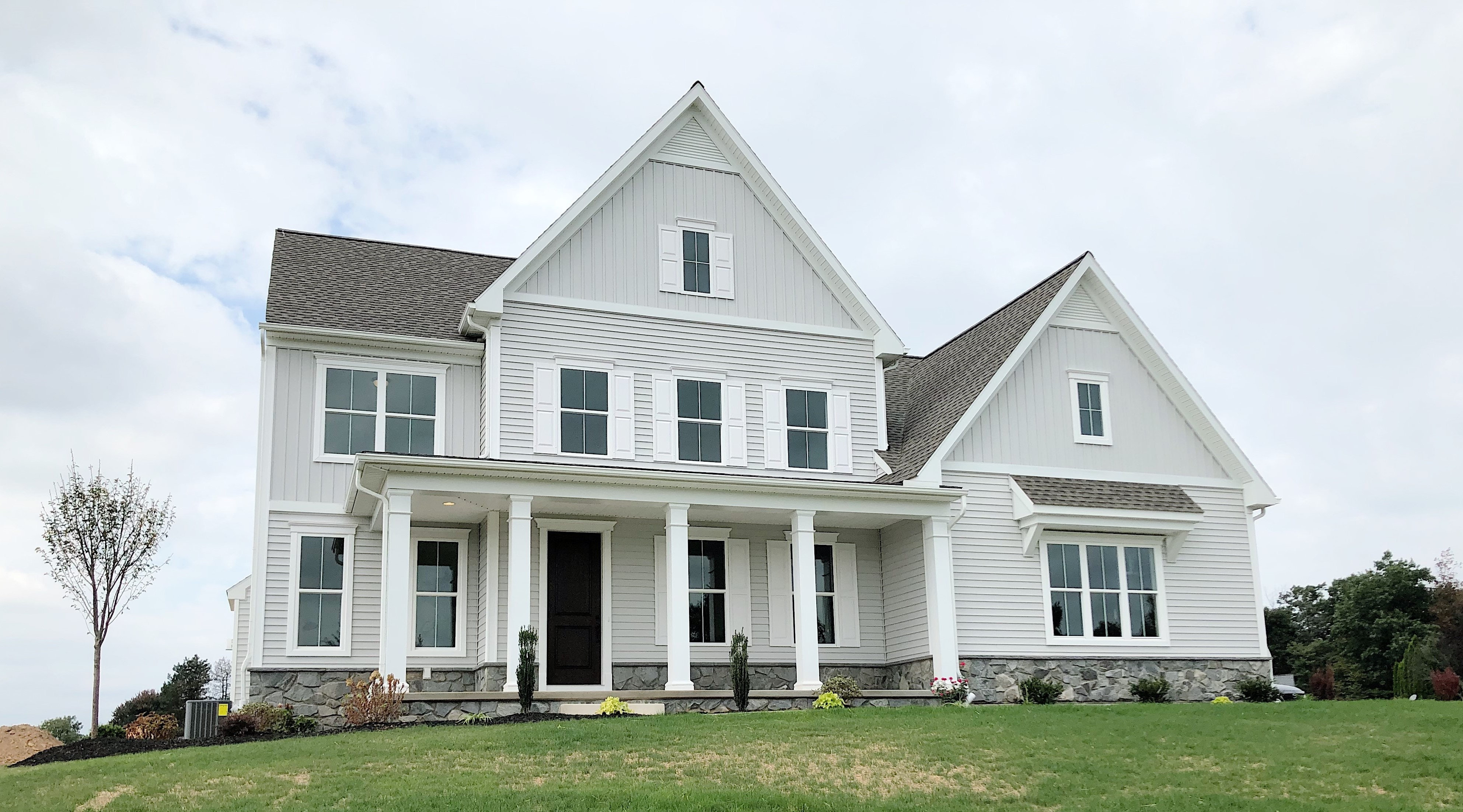 7 Modern Farmhouse Exterior Design Ideas Custom Home Group
