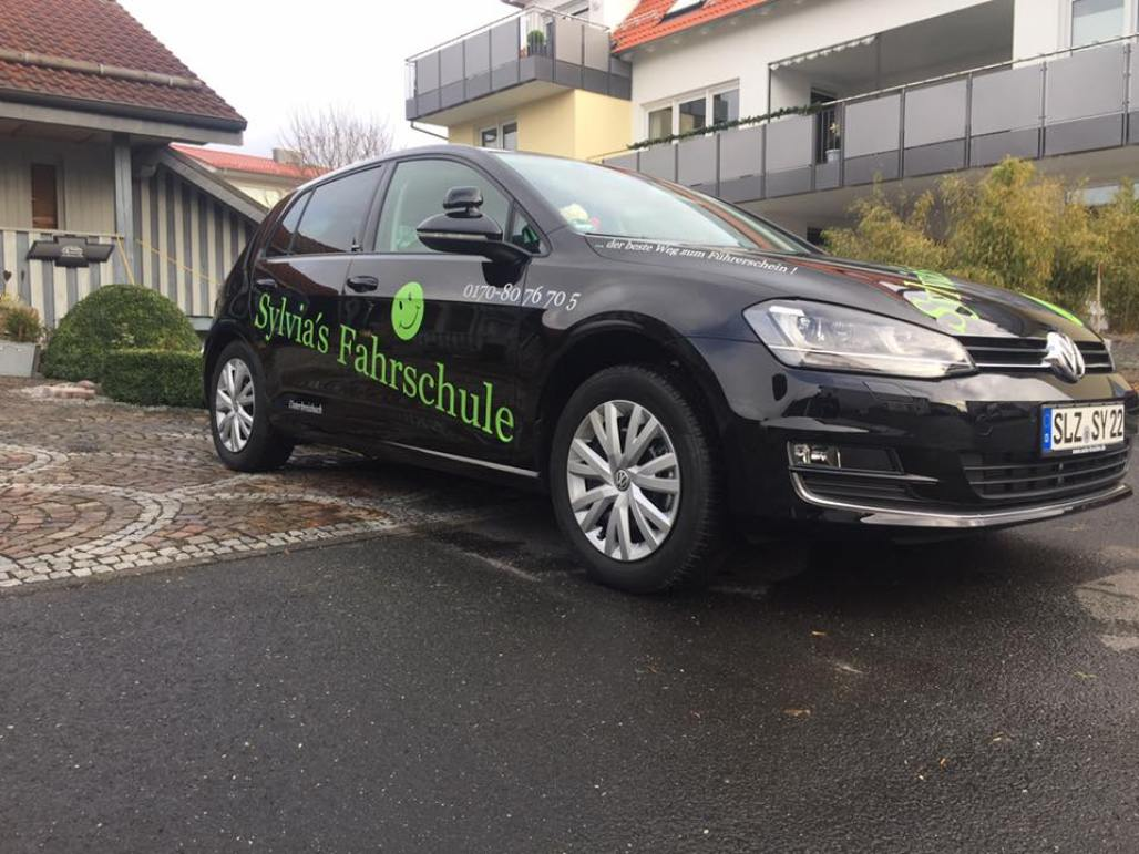 VW Golf Fahrzeugfolierung Werbung