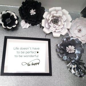 3 pack of giant 3D ready made paper flowers