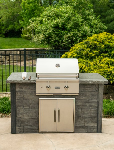 Coyote Outdoor Living Custom Outdoor Kitchen with a 28 Inch C-Series Built-in Grill and Double Access Door - Custom Outdoor Living of Las Vegas, Nevada