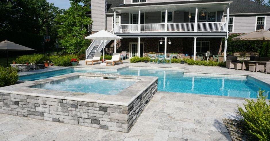 Luxury Gunite Pool - Custom Pool Pros