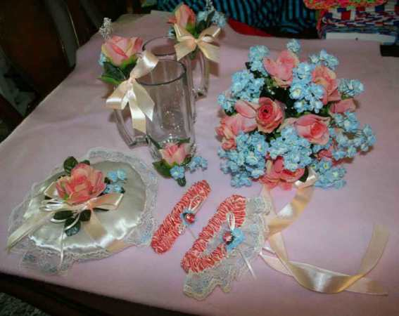 Carolyn_06-Custom-Wedding-Garters-Bridal-Garters-Prom-Garters-Linda-Joyce-Couture-Girly-Girl-Garters