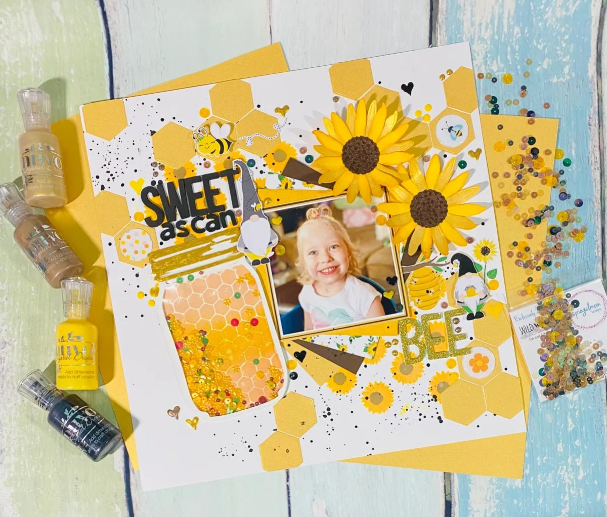 """""""Sweet As Can Bee"""" layout"""