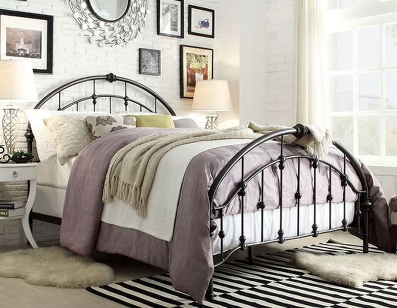 7 Beautiful Metal Queen Size Beds