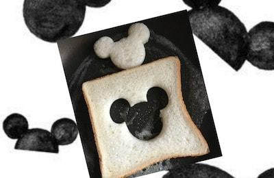 mickeypan03 min min - ミッキーマウスの目玉焼きトースト|作り方簡単! 休日のブランチにいかがですか?