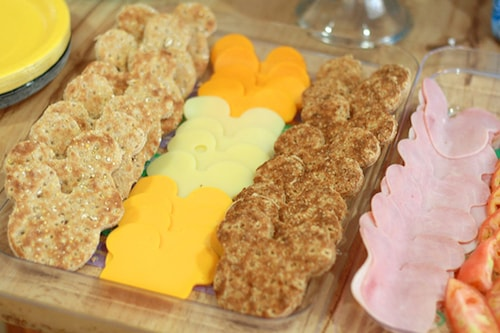pan04 min - ディズニーお菓子をミッキーのクッキー型で 〜 ハロウィン クリスマス 誕生日にも大活躍!!