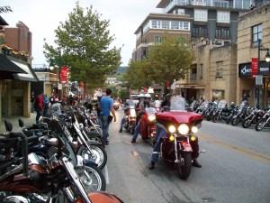 Bikes Blues & BBQ