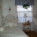 Cottage Garden Bedroom In Vacation Cabin on Beaver Lake