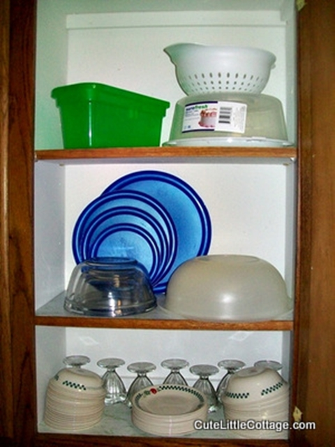 Corelle Dinerware, desert dishes & plasticware in this Beaver Lake Cabin Rental