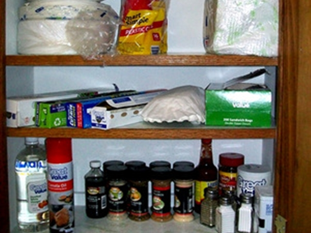 Spices, Cooking spray, cooking basics, foil and paper products in this Beaver Lake Cabin Rental