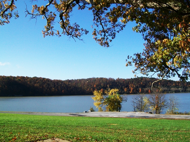 Horseshoe Bend Park Beaver Lake  Rogers Arkansas