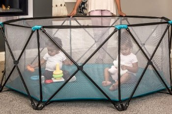 Regalo 6 Panel Portable Playard Review