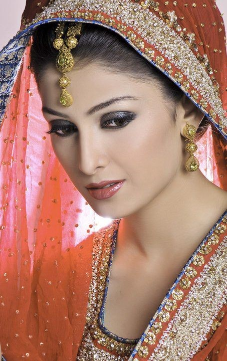 Ayeza Khan Bridal Photoshoot 2013  Cute Outfits Ideas