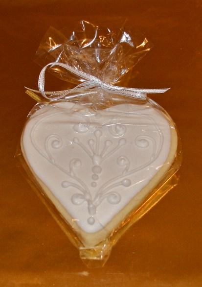 White heart cookie