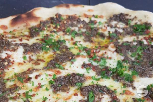 Pizza Individuelle Raclette et Truffe