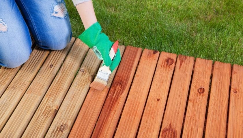 Can You Stain Laminate Flooring