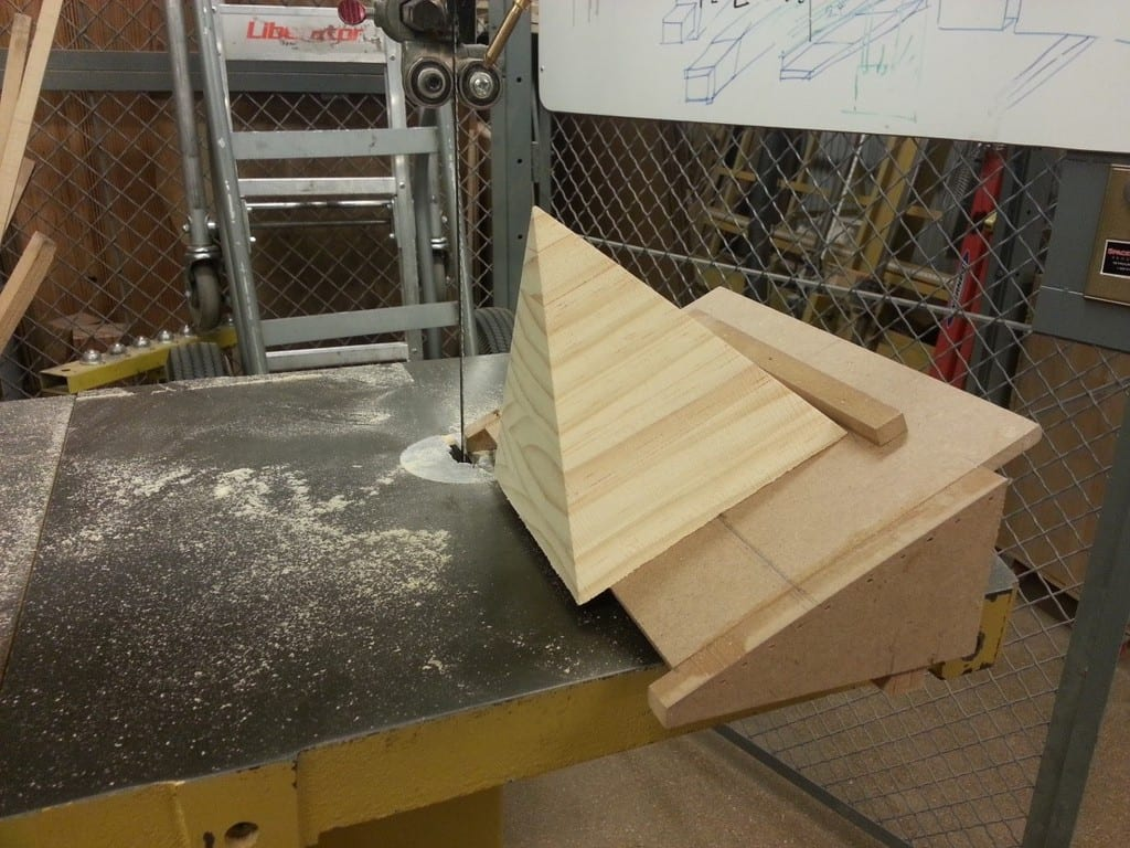 How To Make A Wooden Pyramid Box