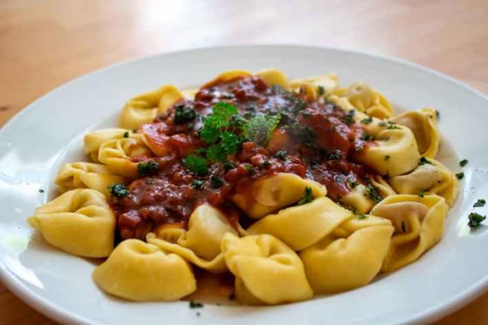 close up photo of tortellini