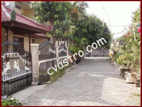 Akses Rumah Rumah Dukuh sari Sesetan Bali